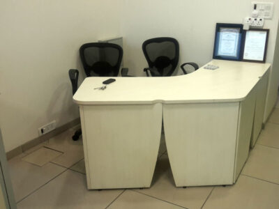 Office_Table_Furniture_Pune