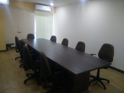 loginwood_pune_office_furniture_project_sites_07