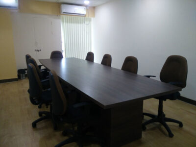 loginwood_pune_office_furniture_project_sites_18